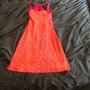 Athletic material casual dress